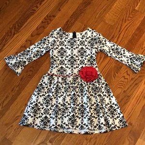 NWOT! Never worn girls beautiful dress